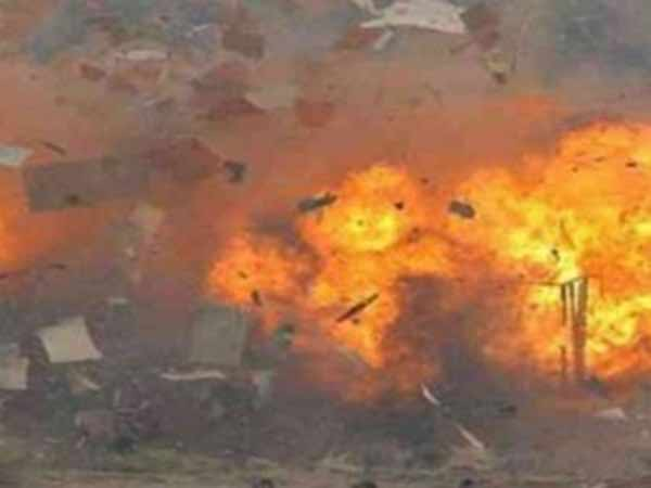 நெல்லை அருகே பட்டாசு ஆலையில் வெடிவிபத்து.. 5 பேர் பரிதாப பலி.. பலர் படுகாயம்!