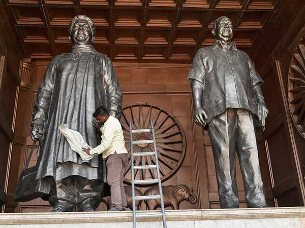 Mayawati should pay back public money spent on statues: Supreme Court