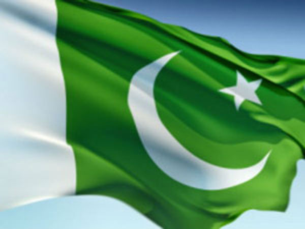 according to google pakistans flag is the best toilet paper in the world