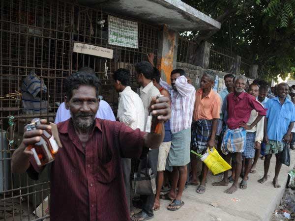 அம்மாடியோவ்... 5.7 கோடி பேர் குடிக்கு அடிமையானவங்க.... எய்ம்ஸ் ஆய்வில் அதிர்ச்சி தகவல்