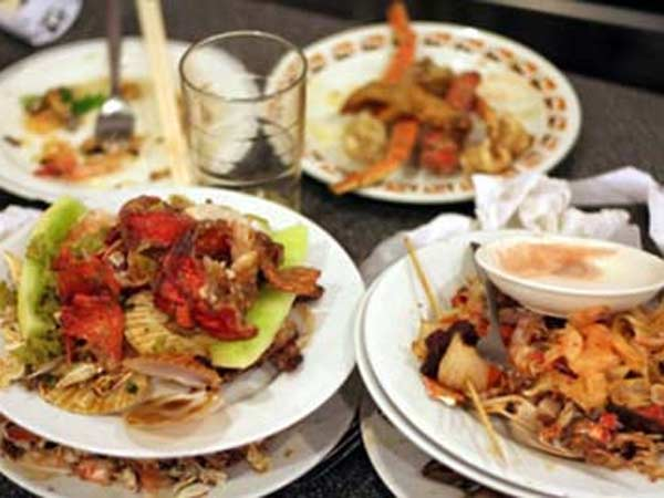 Telangana hotel asking fine for waste of food