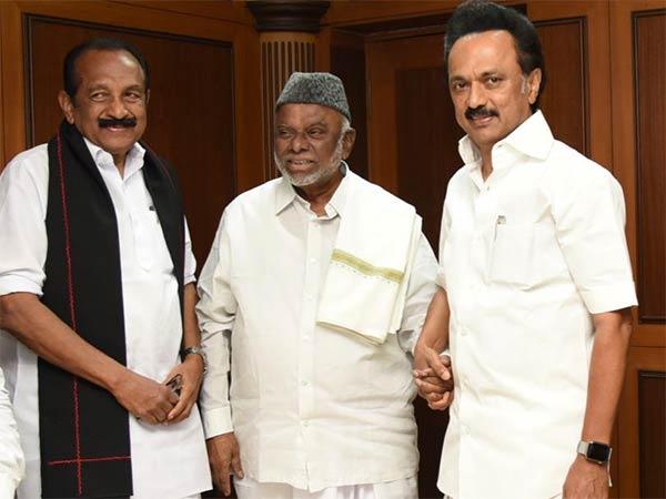 மதுரையில் இதயங்களை இணைப்போம் மாநாடு... ஸ்டாலின், வைகோ, திருமாவளவன்  பங்கேற்பு | Madurai Indian Union Muslim League Conference: MK Stalin will  participate on 16th february - Tamil Oneindia