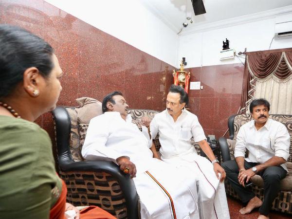இதுதான் முதல் முறை.. ஸ்டாலினே நேரடியாக விஜயகாந்த்  வீட்டுக்கு சென்றது ஏன்? பரபர பின்னணி