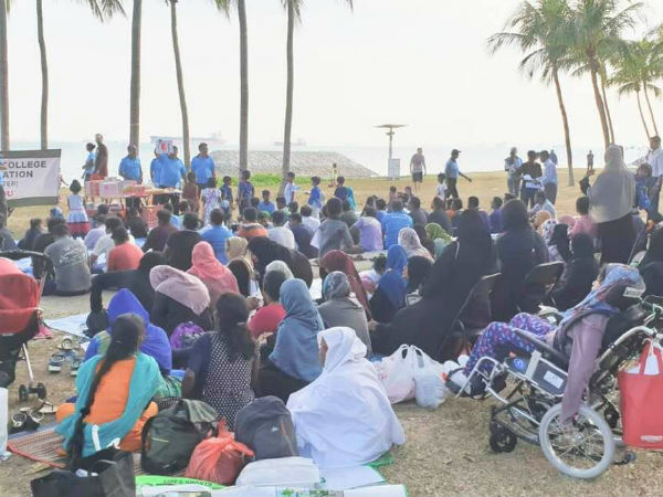 JMC Alumni conducts family day in Singapore