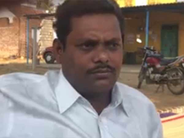 ADMK activist Senthilkumar who gets attack from Semmalai, joins in DMK