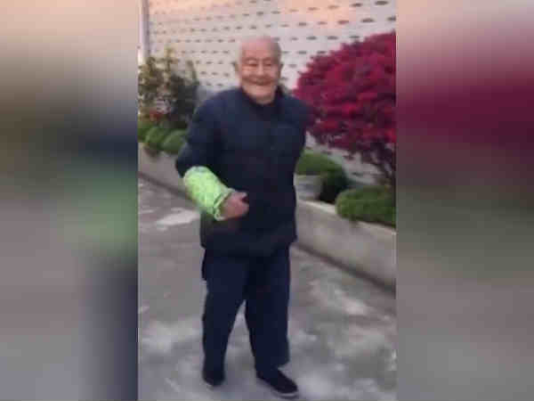 A 105-year old man in Yangzhou does fitness exercise