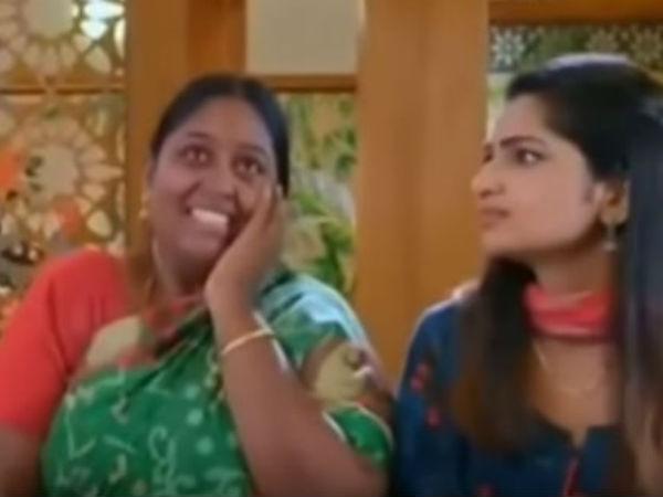 ஏய் பொன்ஸ்.. ஆஹா.. அய்யா இன்னொருக்கா ப்ளீஸ்.. மிதக்க ஆரம்பிச்சுட்டாளே பொன்னம்மா!