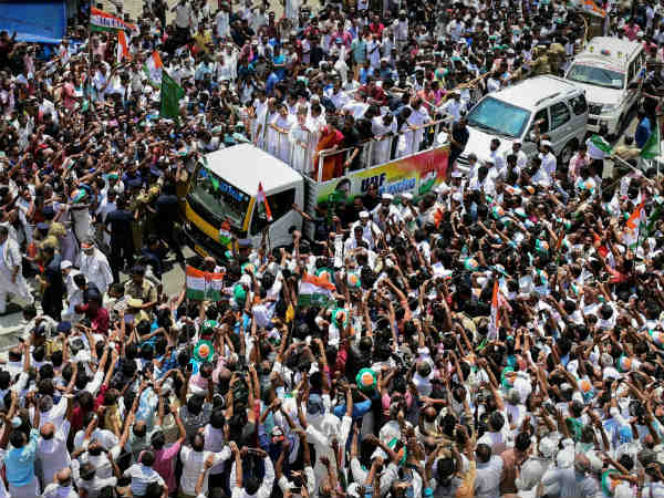 Kerala people gave a massive welcome to Rahul Gandhi in Wayanad