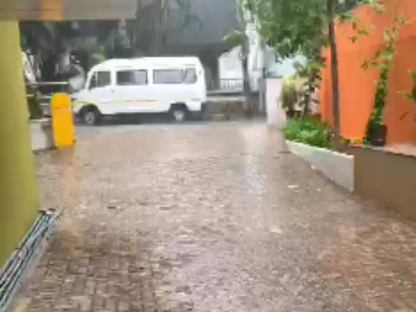 Hail Storm rain hits many places in Bangalore and Karnataka