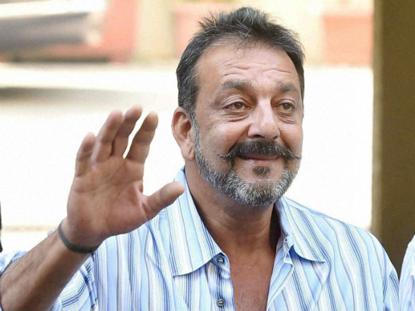 RTI says that Maharastra Government didnt get permission for premature release of Actor Sanjay Dutt