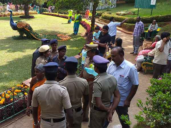 61st Fruit Exhibition had started in Coonoor Sims Park today