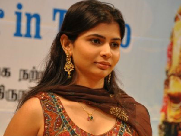 Singer Chinmayi seeks permission to protest against Supreme court Chief justice