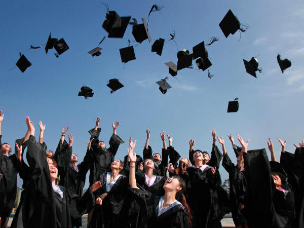 How many graduates and post graduates are in the 17th Lok Sabha? Here are the details