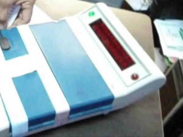 லோக்சபா தேர்தல் வாக்கு எண்ணிக்கை: ஆட்சியை பிடிக்கப்போவது யார்?