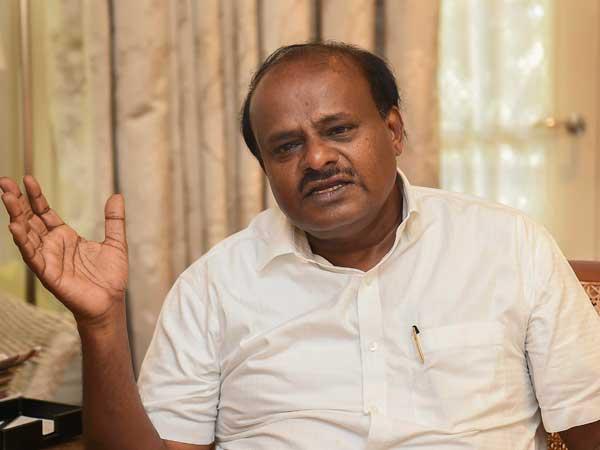 எக்ஸிட் போல் முடிவு: குமாரசாமி பதவிக்கு ஆபத்து.. கர்நாடக கூட்டணி ஆட்சிதான் முதல் காவு?