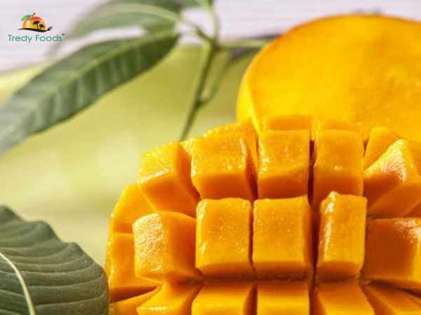 Here you go, Tredyfoods.com offers you a variety of mangoes with the lovely touch