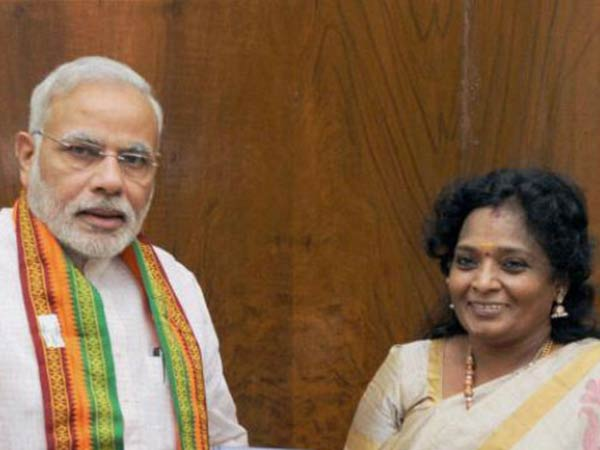 Modi twitted about Gaja cyclone on the first day itself: Tamilisai