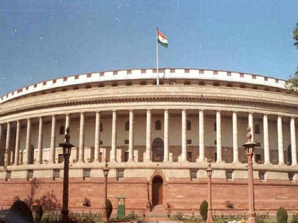 Exit poll 2019: கொடுத்த தொகுதிகளில் முழு வெற்றி பெற்ற விசிக.. ஆனால் லோக்சபாவில் சிக்கலை சந்திக்குமே!