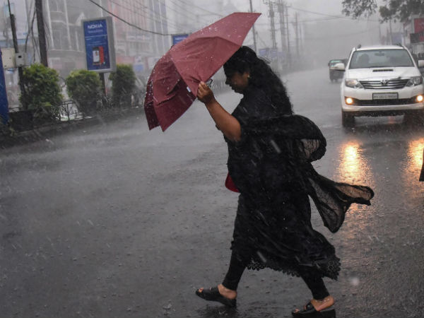Weather Report: Heavy rain with heavy tempestuous expected to hit Tamilnadu