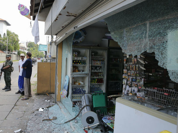 Catholic Christian group attacked Muslim men owned shops in Sri lanka