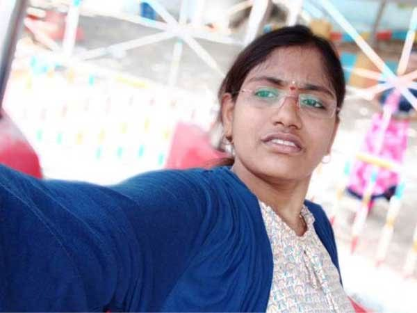 women doctor died for sea wave after her take selfie goa beach