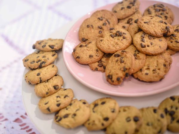 Ban on biscuits and cookies in Health Ministry meetings and ordred to give dry fruits