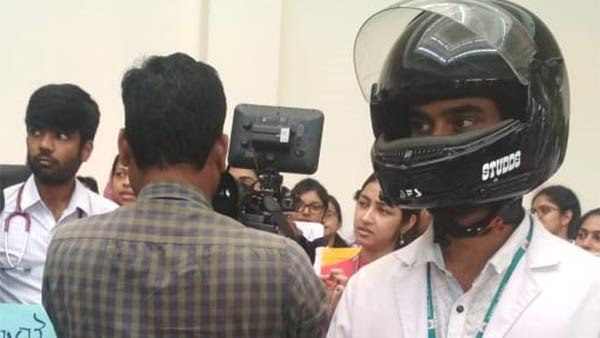 Egmore Government Hospital doctors wear helmet and did protest