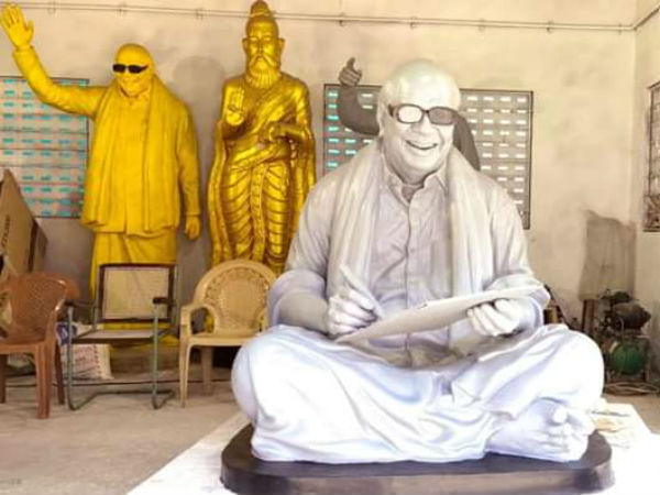 DMK Leader MK Stalin inspects Karunanidhi Statue Preparation