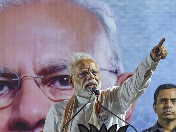 மின்னணு வாக்குப் பதிவு இயந்திரத்தை குறைகூறும் நோய் இந்தியாவுக்கு வந்துள்ளது: மோடி காட்டம்