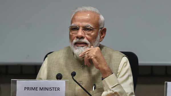 PM Modi to discuss economic policy with leading economists