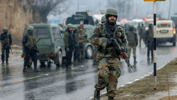 Terrorists plan to launch big attack in Pulwama.. Pakistan Warning
