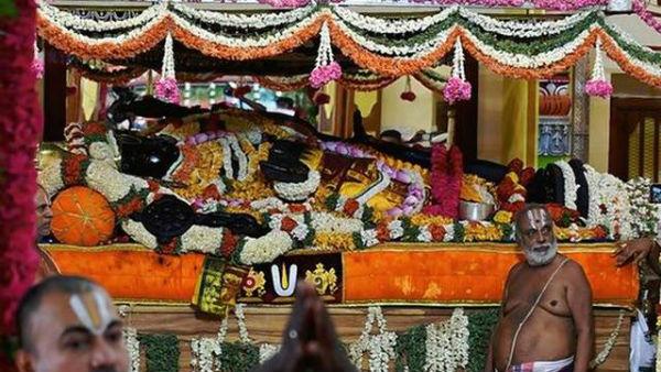Extension of the Athi Varadar darshan period from 5 am to 10 pm
