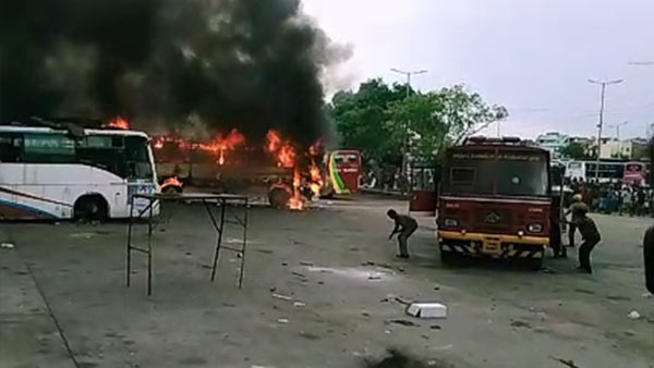 Fire accident in Koyambedu omni bus stand
