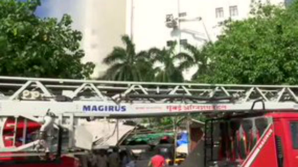 Major fire in Mumbai, 100 people feared trapped