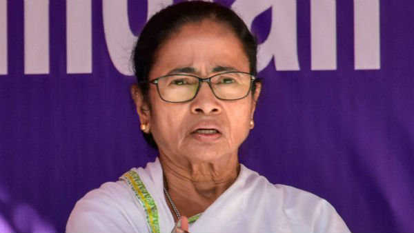 BJP is trying for horse-trading in Karnataka: Mamata Banerjee