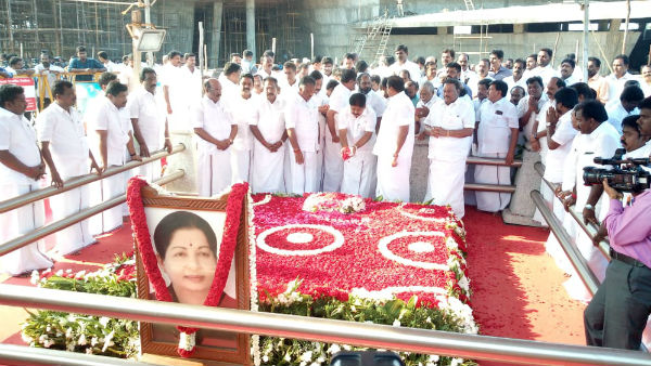 OPS and EPS Tribute to MGR and Jayalalitha Memorials..