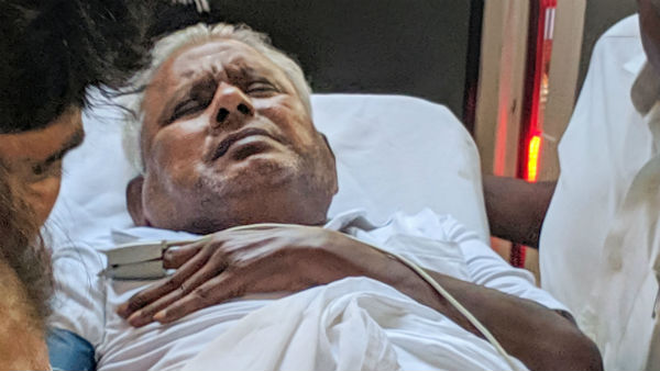 Saravana bhavan Rajagopal admitted in Vijaya Hospital