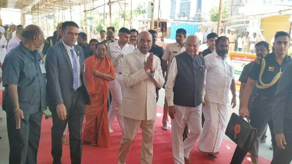 காஞ்சி வந்த ஜனாதிபதி ராம்நாத் கோவிந்த்.. பலத்த பாதுகாப்புக்கிடையே அத்திவரதரை தரிசித்தார்