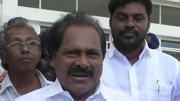 tamilmagan hussai may leave aiadmk soon