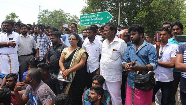 Tamils protest for protect to Hindu temples in Srilanka