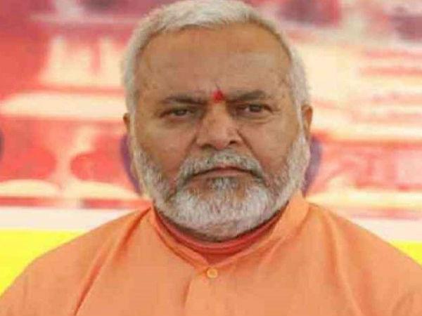 Image result for பாஜக சுவாமி சின்மயானந்தா