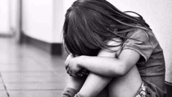 விசித்திராவின் விபரீத காதல் Child-rape2-1567141063