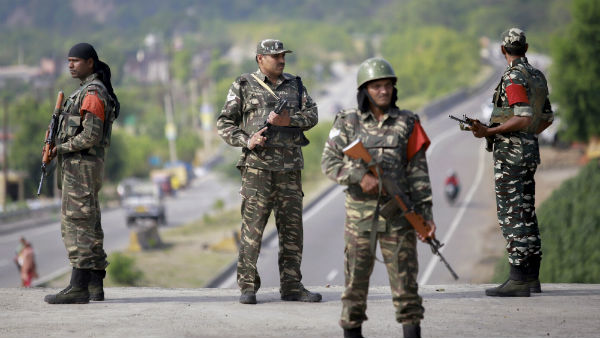 No fresh leaves for CRPF personnel in Kashmir, those on leave could be called back: Sources