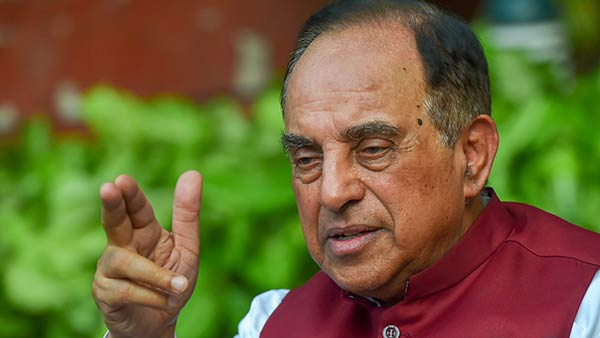 Subramanian Swamy opposes to Hindi as court lanuage
