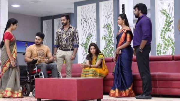 Aranmanai kili Serial: மறுபடியும் ஜானுவுக்கு கடுமையான விரதம்.. பக்தி சோதனையா?