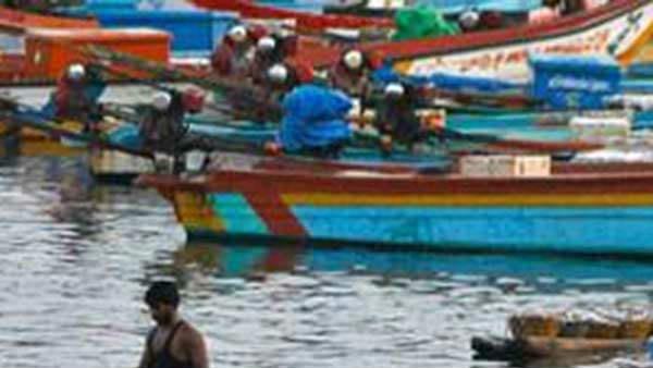 மீனவர்களுக்கான உதவித் தொகை அதிகரிப்பு.. அரசு பதிலளிக்க ஹைகோர்ட் உத்தரவு