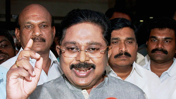 toll plaza charges increased in tamilnadu: ttv dinakaran condemned