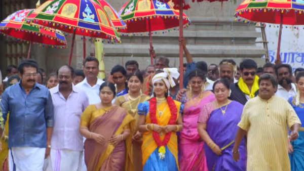 ஸோ சுவீட் ராசாதத்தி குடும்பம்னு சொல்ல வைக்கிறாங்க!
