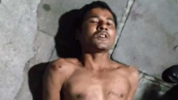 Young man biting policemans finger in Chennai