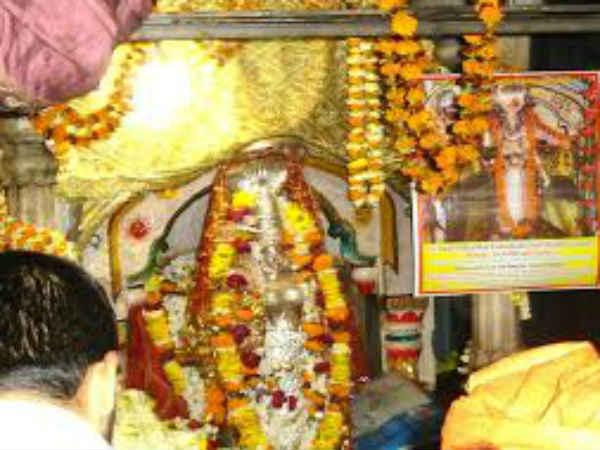 அன்னதோஷம் நீக்கும் அன்னபூரணி - தீபாவளியில் தரிசிக்க குறைவில்லாத உணவு கிடைக்கும்